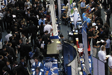 350+ employers converge on UF campus for career fair